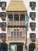 Fußgängerzone Innsbruck mit Goldenem Dachl